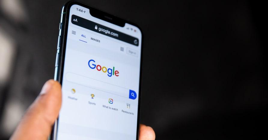Η Google επιτρέπει τη διανομή εφαρμογών τζόγου με πραγματικά χρήματα σε 15 περισσότερες χώρες