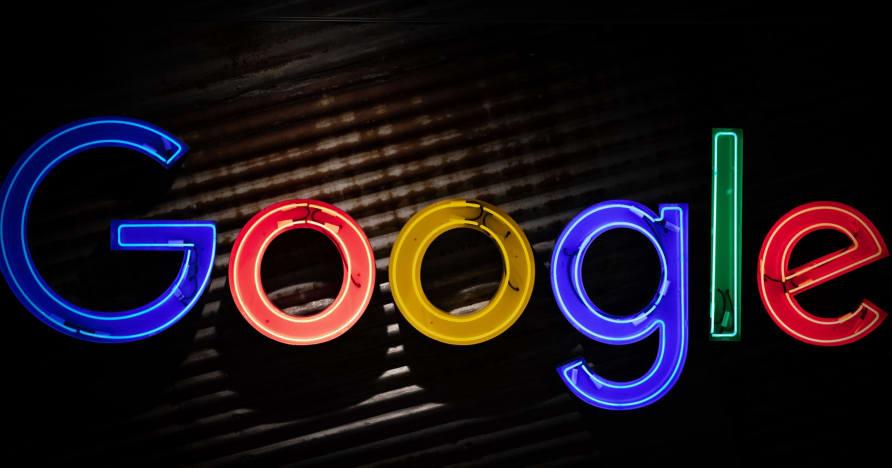 Το Google Play Store πρόκειται να διανείμει εφαρμογές τζόγου με πραγματικά χρήματα