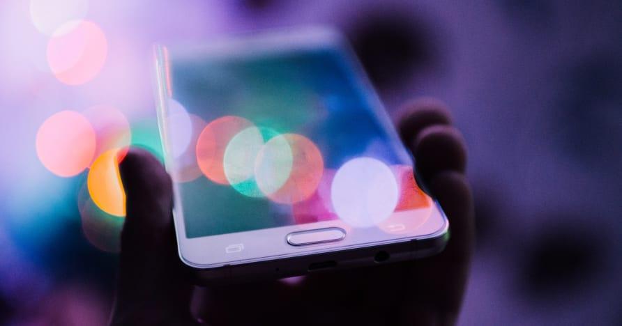 Γιατί οι διαδικτυακοί τζόγοι στρέφονται σε παιχνίδια για κινητά