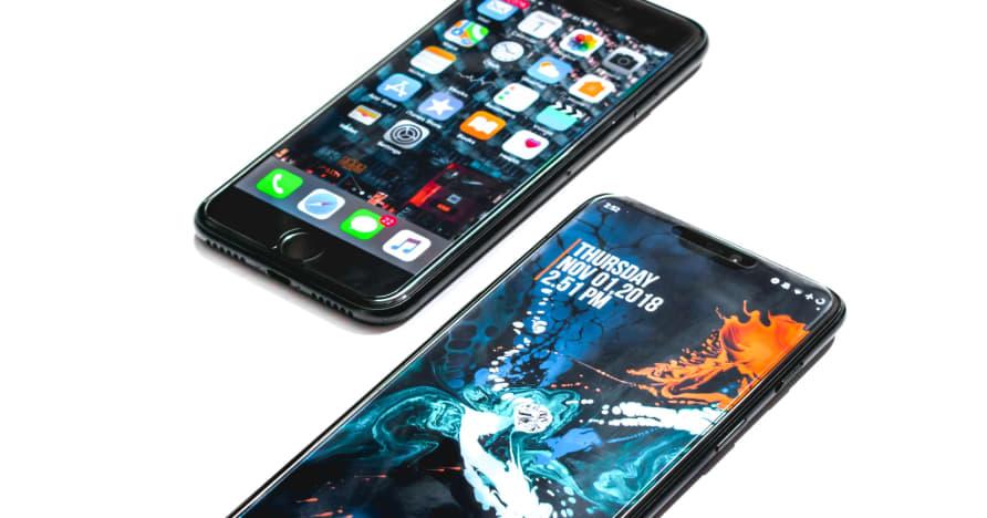 Ποιο είναι καλύτερο: Android vs iOS Mobile Casino;